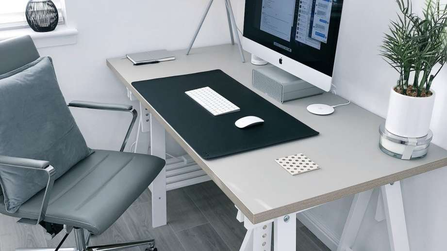 10 Cheap Computer Desks Under $100